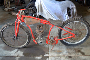 images/rudge-dirt-track-small-01.jpg