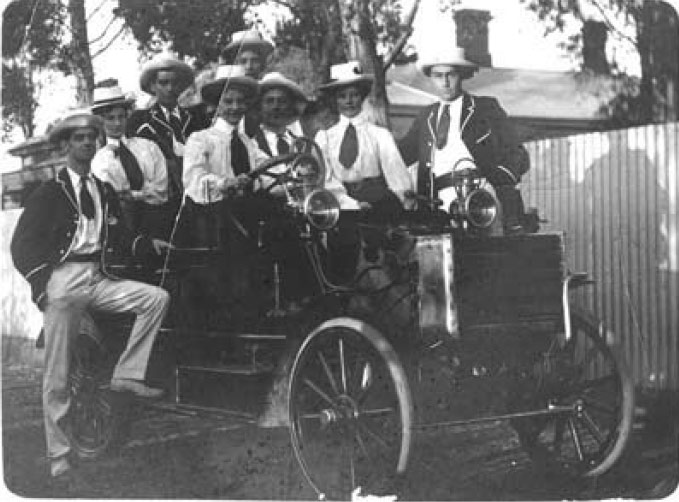 1905 Eley steam car, built in Broken Hill